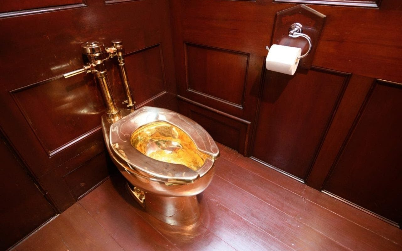 Thieves steal £4.8m golden toilet from Blenheim Palace