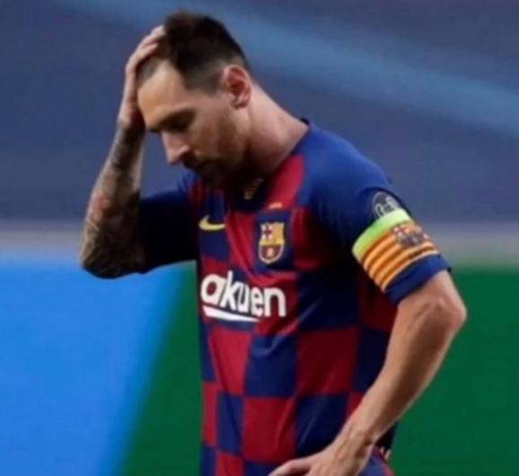 Bayern Munich makes history, trashes Barcelona 8-2