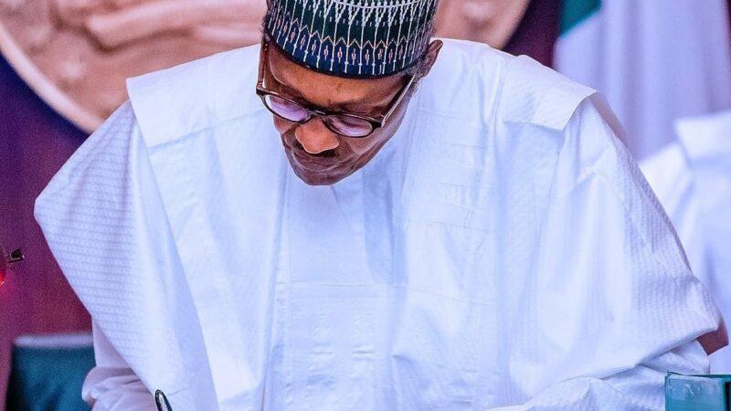 Finally, Buhari ratifies Nigeria Police Bill 2020