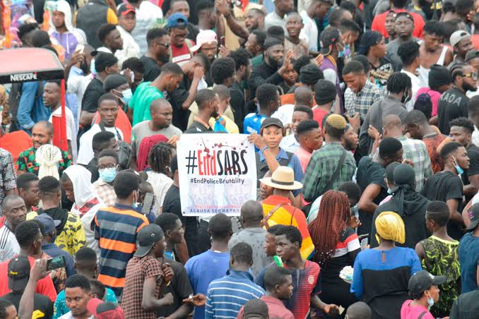 #EndSARS: CBN gets court order to freeze bank accounts of protesters