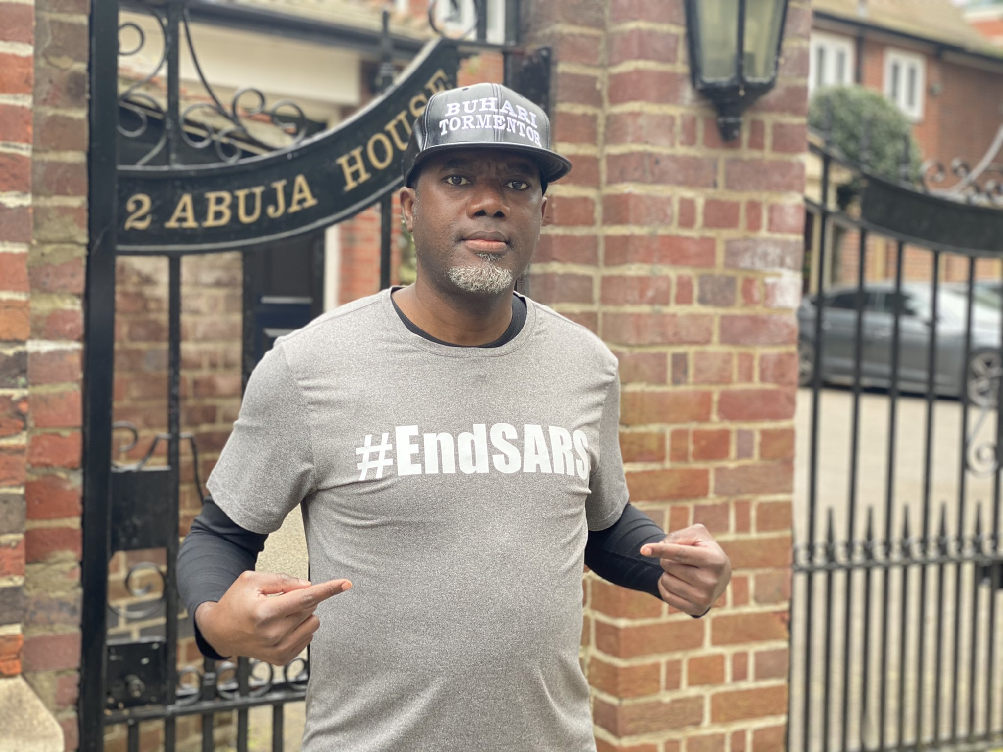 Reno Omokri, Goodluck Jonathan's aide takes #HarrassBuhariOutOfLondon campaign to London