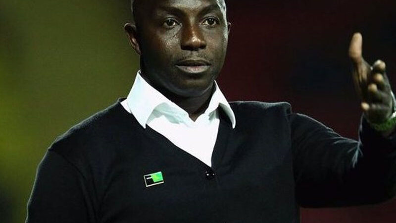 """""""I am a legend, I have played, broke my leg for this country,"""" Siasia slams govt for neglect"""