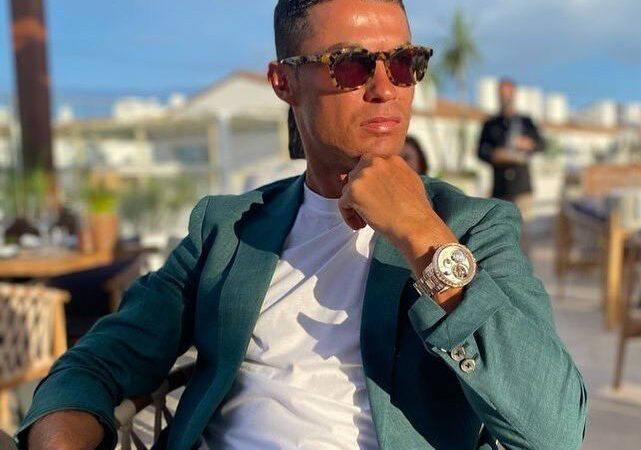 Ronaldo shares lovely photos of wife, family, fans can't stop talking about  (In Photos)
